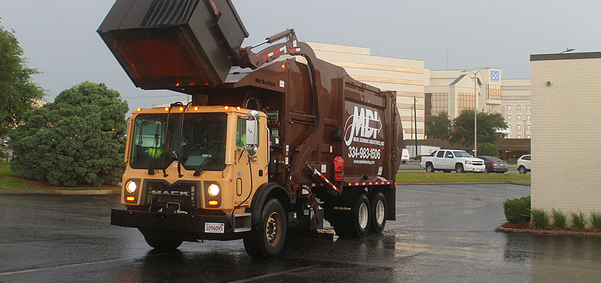 MDI Truck with Front Load Dumpster
