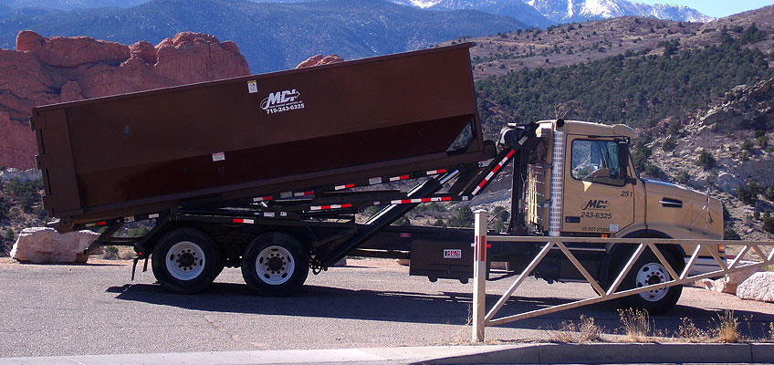MDI Roll-off Truck and Container